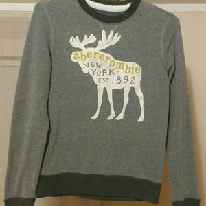 Abercrombie sweater for boy.size 11/12